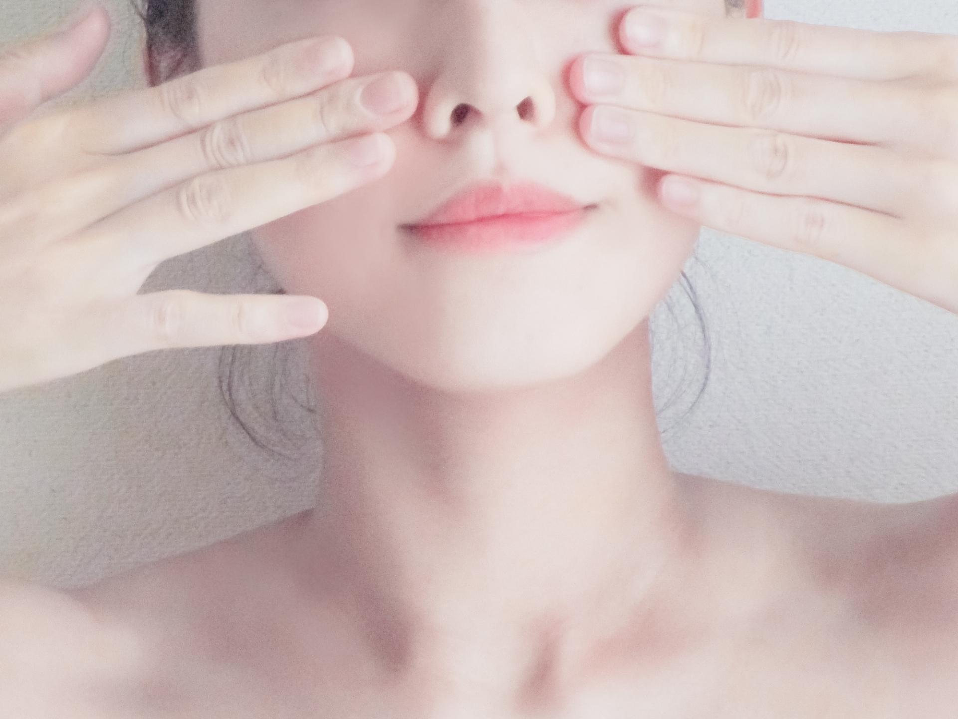 【知らないと損する!?】毛穴と美肌の関係性について【お肌の基本3選】